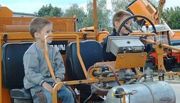 Kinder im Fahrzeug
